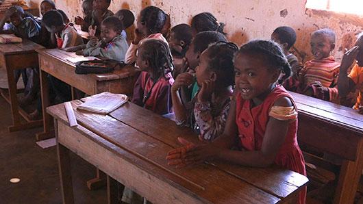 Madagascar_school